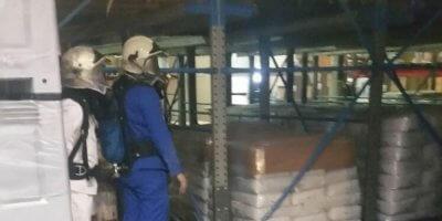 ademluchtdrager derde trainingsdag geblindeerd lopen met ademluchttoestel het betredenvan trappen en kennis van ademluchttoestel klein